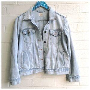 Gap Light Wash Denim Button Up Jacket